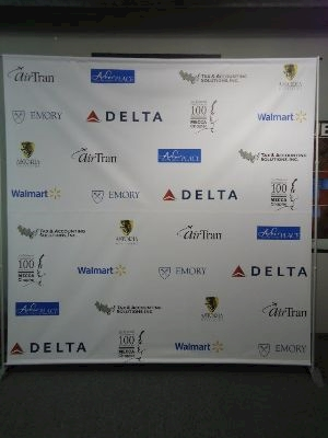 delta logo step and repeat